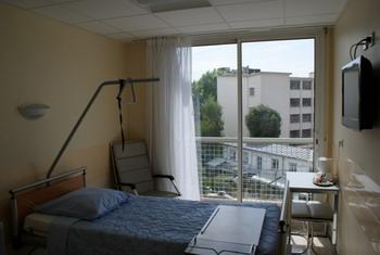 Клиника Амбруаз-Паре - палата