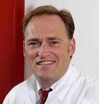 Доктор медицинских наук Йорг Фальбреде